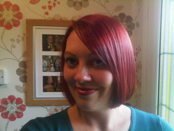 red hair profile photo